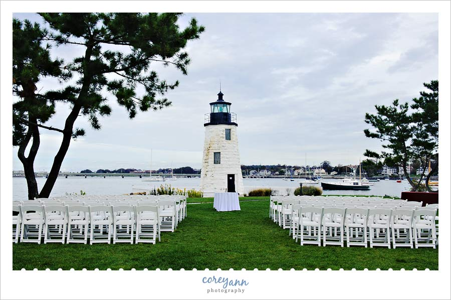 wedding ceremony at the newport harbor lighthouse in newport rhode island