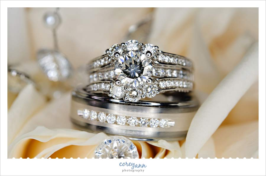 detail shot of wedding rings on bouquet